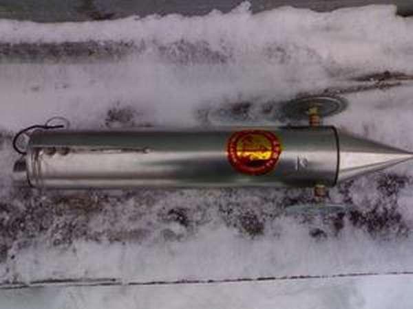 Самодельная торпеда для протяжки сетей подо льдом