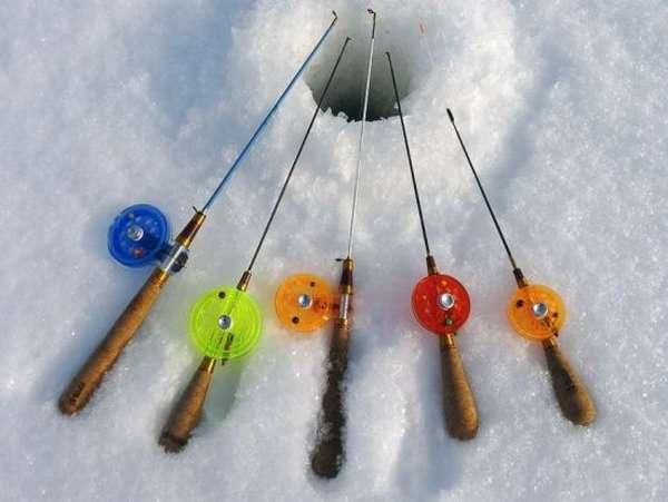 Варианты зимних окуневых блеснильников