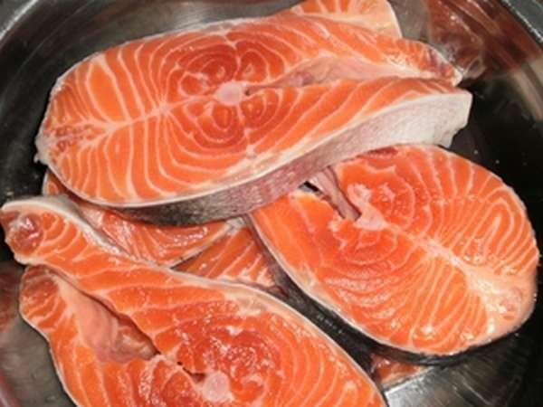 Красная рыба чавыча