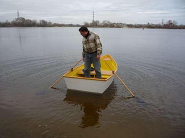 Как самим сделать лодку из фанеры