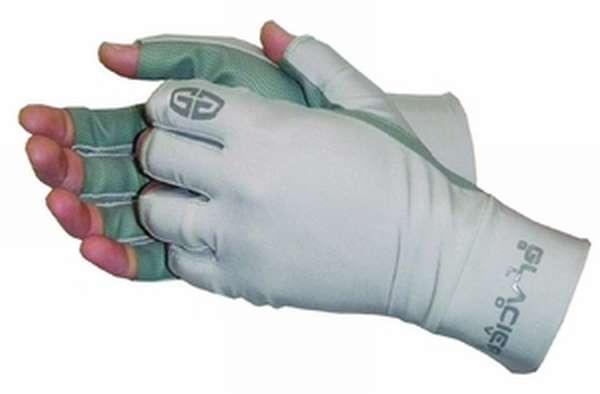 Достоинства непромокаемых перчаток