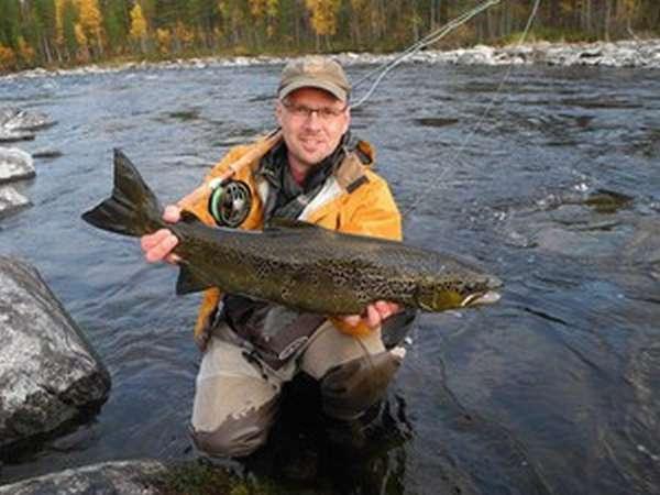 Рыбалка в карелии дикарем лучшие места и особенности выбор озера