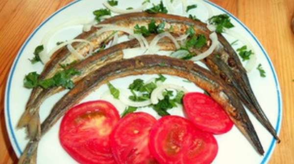 Жареный черноморский сарган