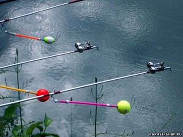 Подставка и сигнализатор клёва для рыбалки