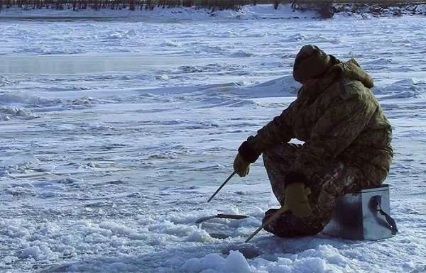 Одинокий рыболов